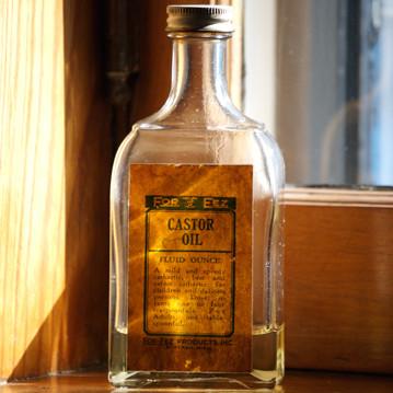 Rizinusöl in einer Flasche
